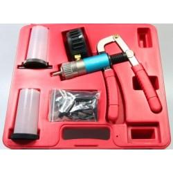 Kit purgeur fluide frein et embrayage